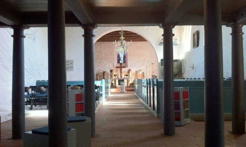 Vicelinkirche St. Jakobi von innen