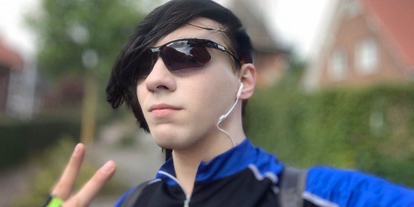 Emo Selfie vor der Windmühle Aurora