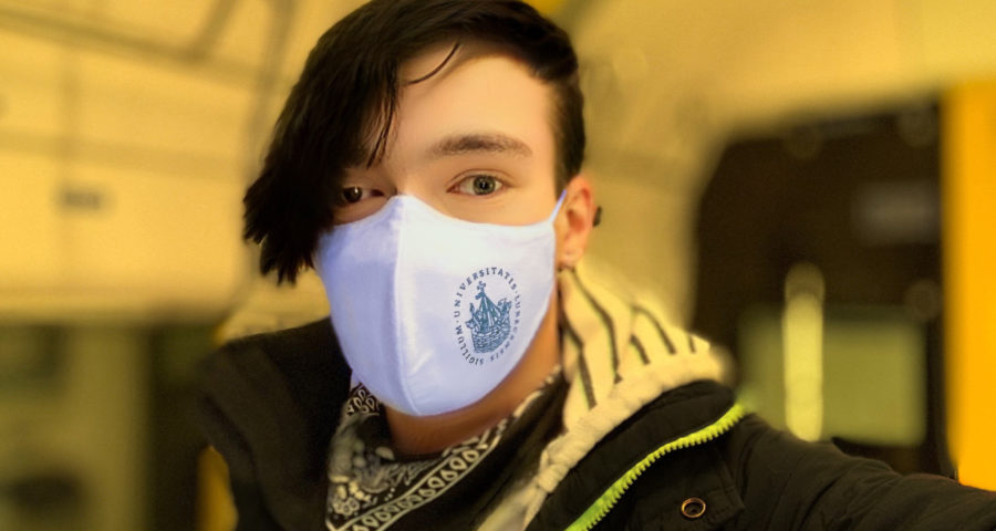Selfie mit Mundnasenschutz