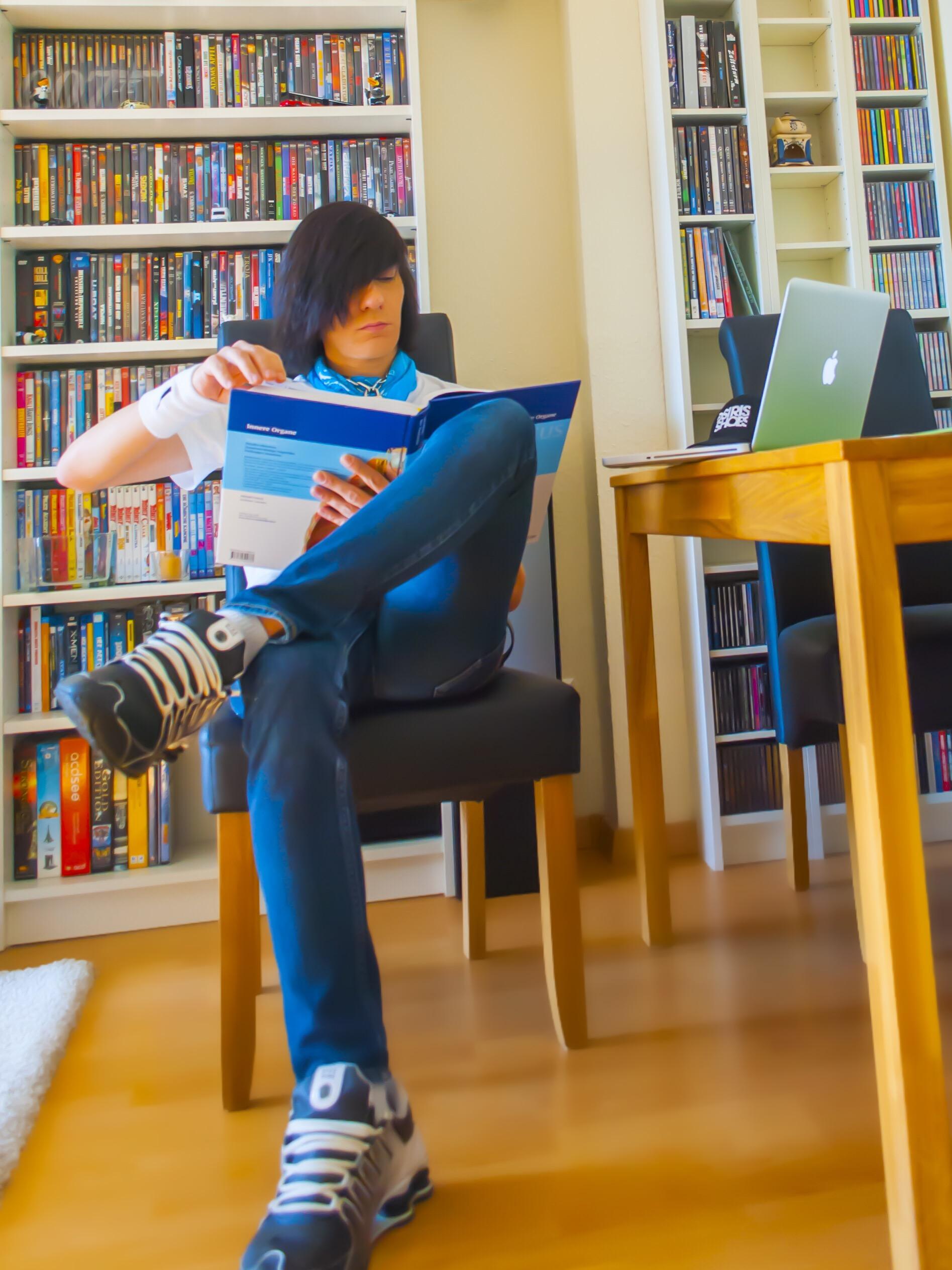 Hendirk beim Lernen