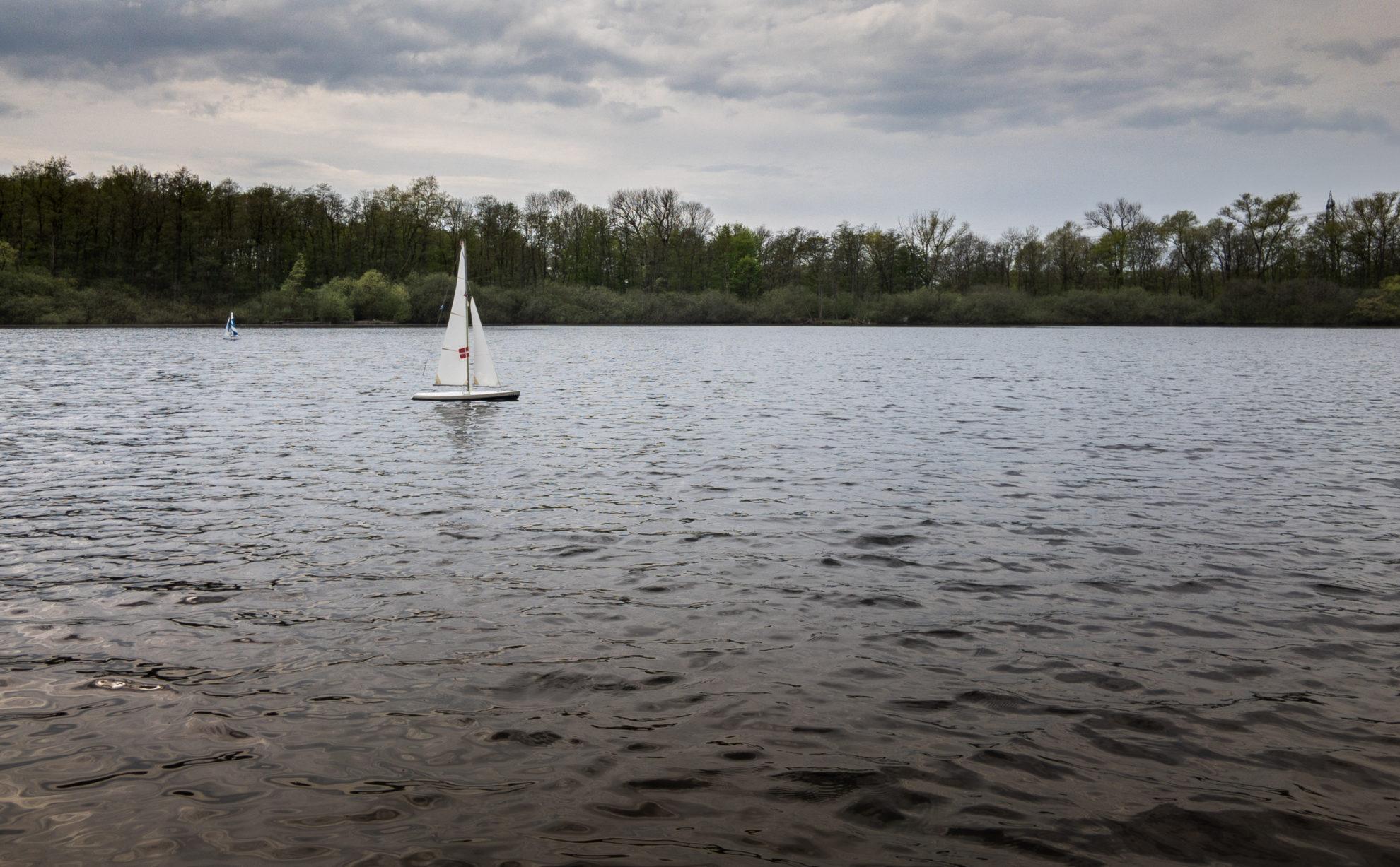 Segelboote auf dem Krupunder See